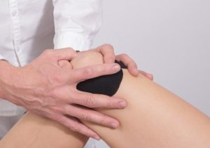 Knee pain is common after a knee replacement